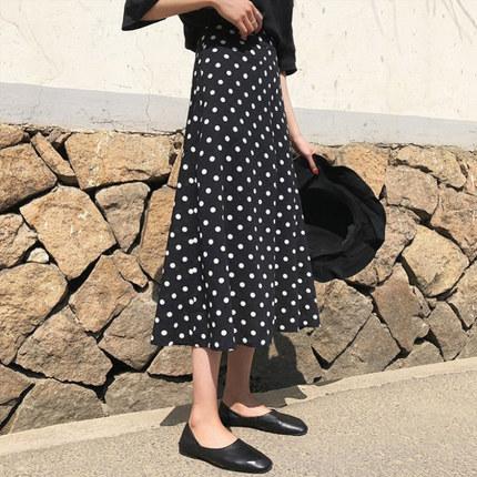 茉卡娅 黑色波点半身裙 29.9元包邮